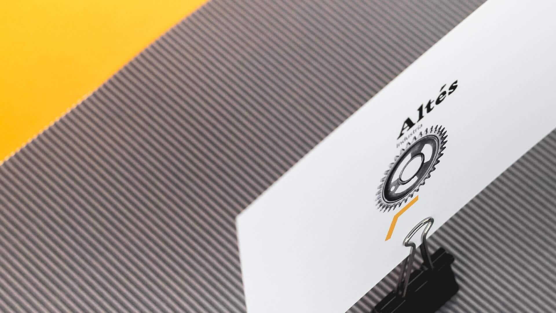 Rebranding Gruas Altés - Aplicación gráfica de la marca